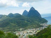 Montagnes de piton, St Lucia image stock