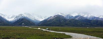 Montagnes de Qilan Image libre de droits