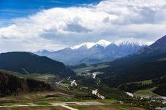 Montagnes de Qilan Photographie stock libre de droits