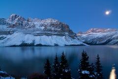 Montagnes de rallonge coudée image stock