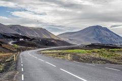 Montagnes de route d'île Photographie stock libre de droits