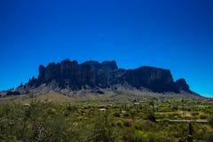 Montagnes de superstition de l'Arizona images libres de droits