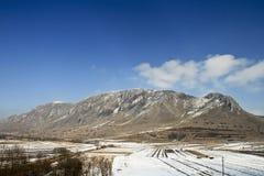 Montagnes de Trascau en hiver Image stock