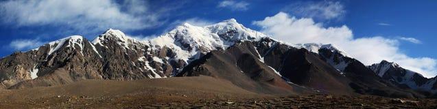 Montagnes de Tuomuer Image stock