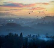 montagnes de ville Image stock