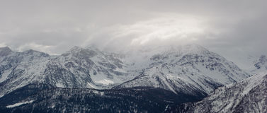 Montagnes en Mont Blanc Massif Photo stock