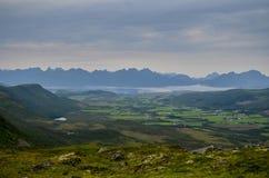 Montagnes en Norvège du nord Photo stock