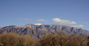 Montagnes et arbres de Sandia Photos libres de droits