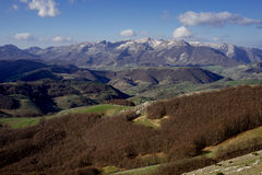 Montagnes et collines vertes Photo stock