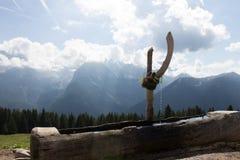 Montagnes et eau Photo libre de droits