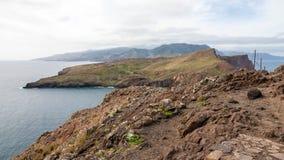 Montagnes et falaises de la Madère Photo stock