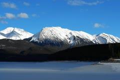 montagnes et lac Photographie stock libre de droits