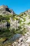 Montagnes et lacs, montagnes de Tatra, Slovaquie Panorama Photographie stock libre de droits