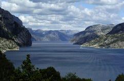 Montagnes et mer, Norvège Images libres de droits