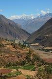 Montagnes et vallée du Pérou Images libres de droits