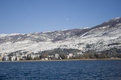 Montagnes l'hiver Image libre de droits