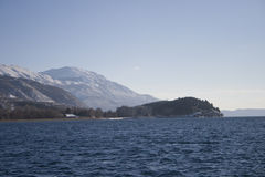 Montagnes l'hiver Photo stock