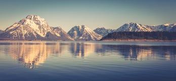 Montagnes majestueuses Image libre de droits