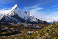 Montagnes Népal de l'Himalaya Photographie stock