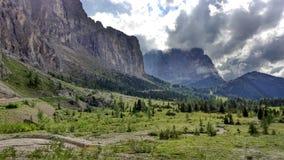 Montagnes nuageuses Photo libre de droits