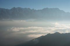 Montagnes - pays imaginaire Photos stock