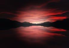 Montagnes qui s'étendent à la rivière Photo stock
