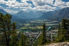 Montagnes rocheuses canadiennes Parc national de Banff Cloudscape rural Photographie stock libre de droits