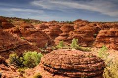 Montagnes rouges de roche dans le territoire du nord d'AustraliaHoliday dans l'Australie - le port Campbell National Park est un  photo libre de droits