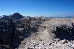 Montagnes rugueuses et raides les dolomites/au Tyrol du sud Photos stock