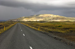 Montagnes Sunlit de rhyolite Photographie stock