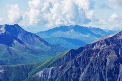 Montagnes sur l'Alaska photo stock