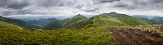 Montagnes ukrainiennes Photo libre de droits