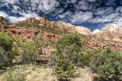 Montagnes, usines et roches Zion National Park image libre de droits