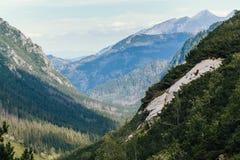 Montagnes, vallée de cinq lacs, Pologne, Zakopane Photos stock