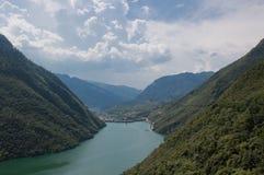 Montain i rzeka Obrazy Stock