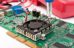 Montaje de la tarjeta de circuitos Imagenes de archivo