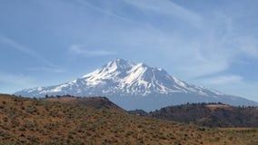 Montaje Shasta - visión desde el noroeste Fotos de archivo libres de regalías