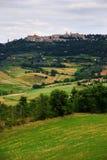 montalcino к взгляду стоковая фотография rf