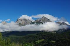Montan@as cerca enviadas, Suiza Imágenes de archivo libres de regalías