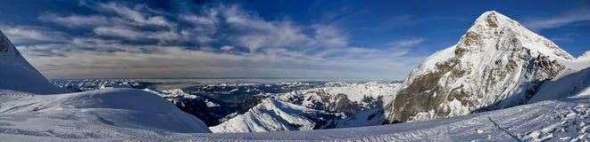 Montan@as del suizo de Jungfraujoch Fotografía de archivo libre de regalías