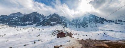 Montan@as francesas - macizo III de Mont Blanc imagenes de archivo