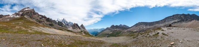 Montan@as, Francia (Col de Seigne) - panorama Imagen de archivo libre de regalías