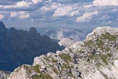 Montan@as julianas en Eslovenia Fotos de archivo