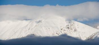 Montan@as Nevado Imagen de archivo libre de regalías