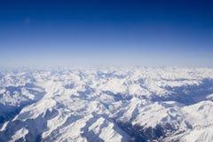 Montan@as nevosas suizas Imagen de archivo libre de regalías