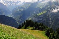 Montan@as suizas. Fotografía de archivo libre de regalías