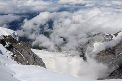 Montan@as suizas. Imagen de archivo libre de regalías