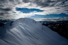 Montan@as suizas en invierno Fotos de archivo libres de regalías