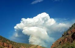 Montana-Feuer lizenzfreie stockfotos