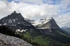 Montana Glaciers Fronted dalla zona verde immagini stock